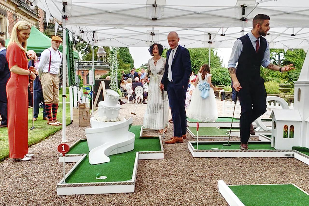 Capesthorne Hall Wedding Mobile Crazy Golf Wedding Cake