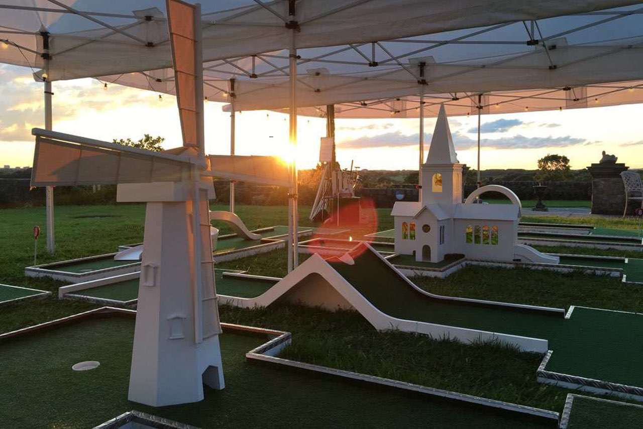 beeston manor sunset mobile crazy golf