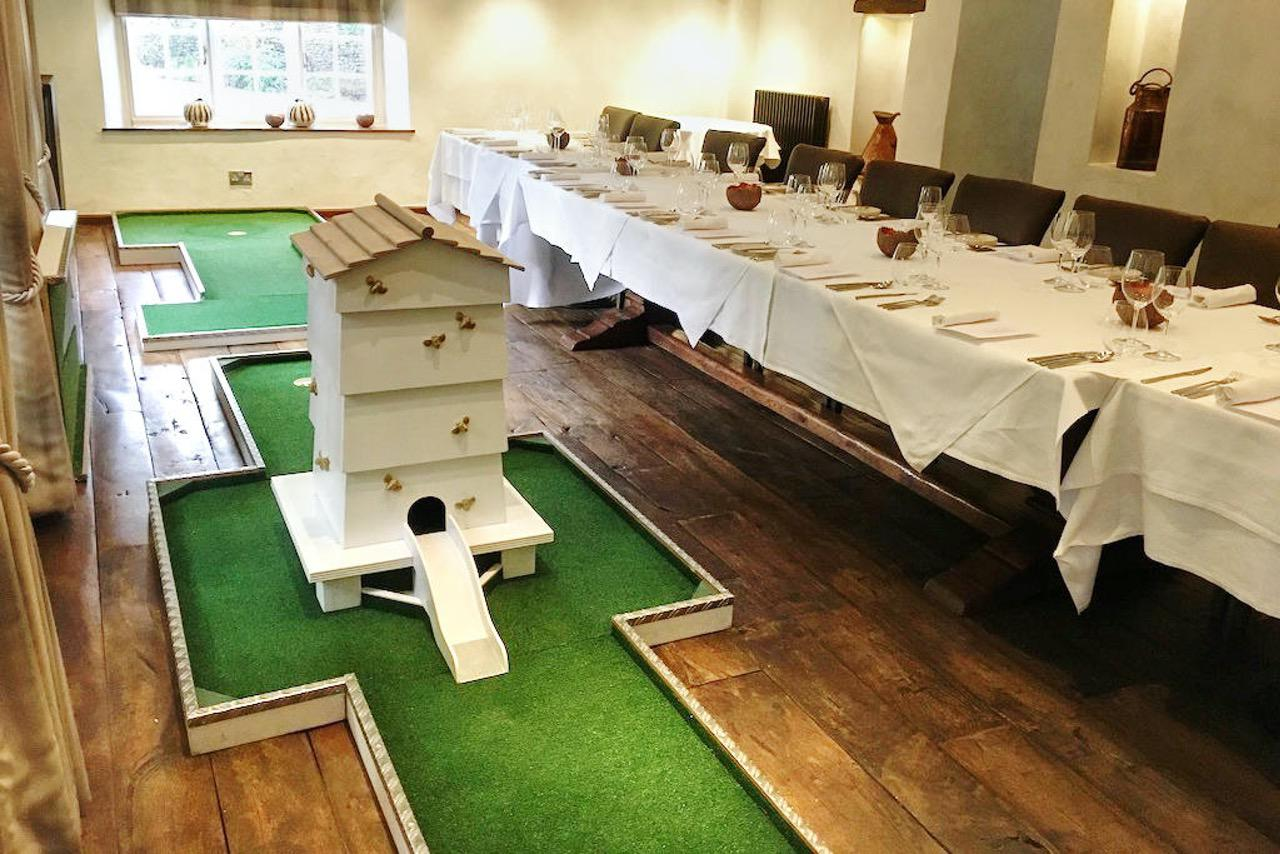 hipping hall mobile crazy golf corporate entertainment - manchester bee hive