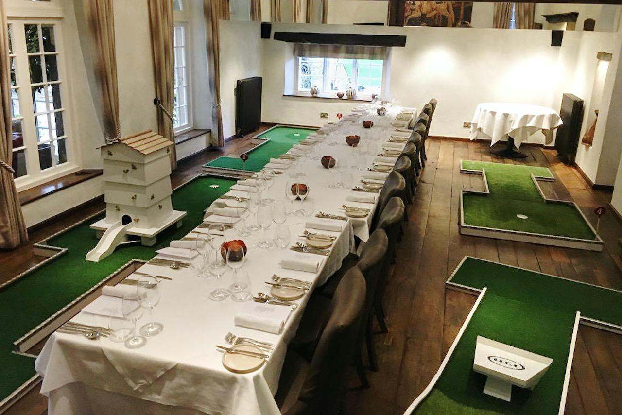 hipping hall mobile crazy golf corporate entertainment - dining room