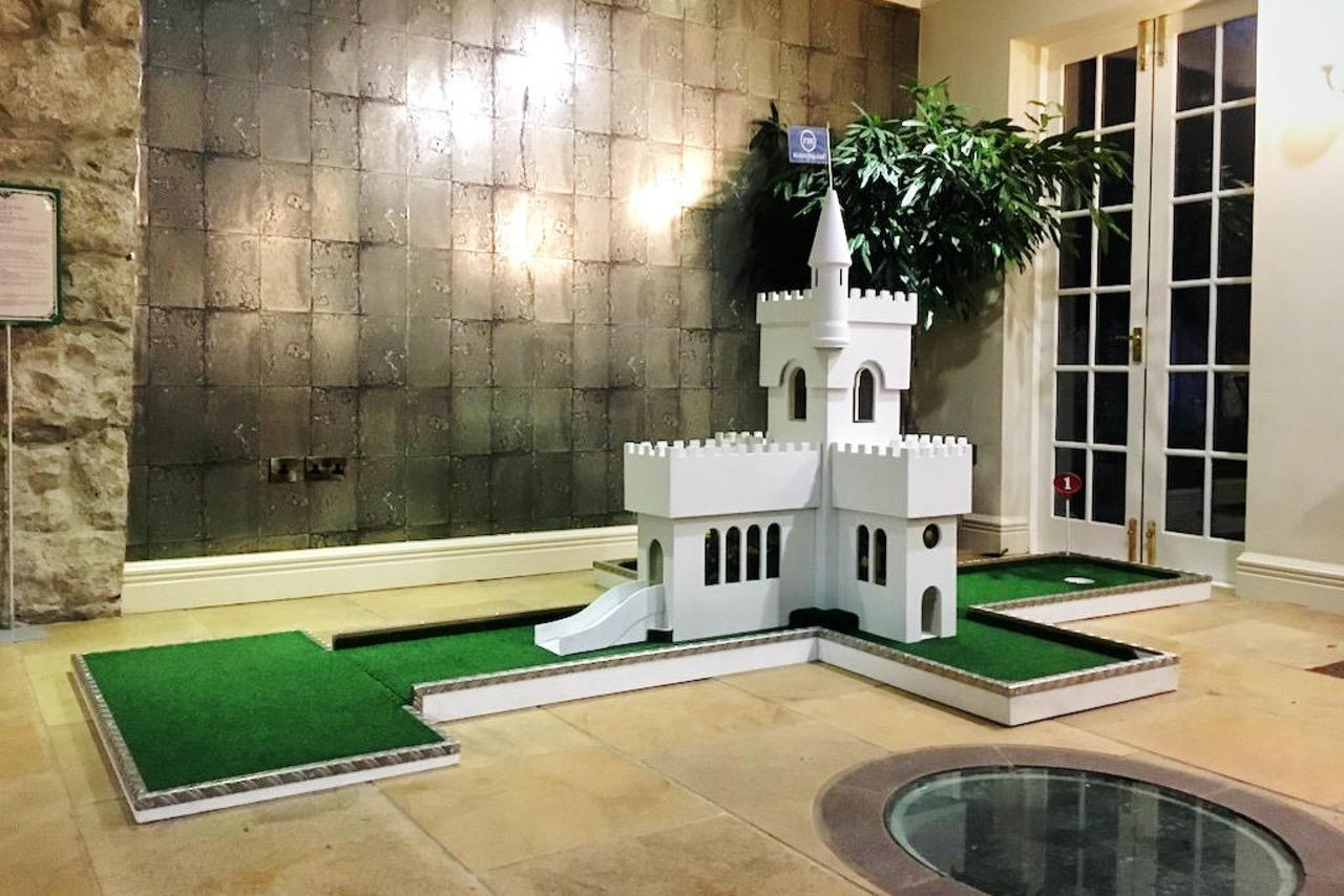hipping hall mobile crazy golf corporate entertainment - castle hole