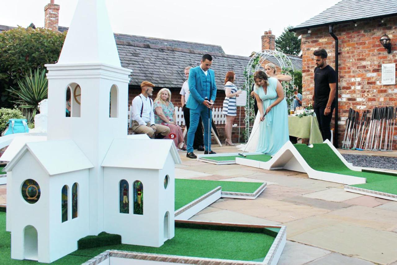 Mobile Crazy Golf Wedding Entertainment - Sarah & Josh - The Cock O'Barton